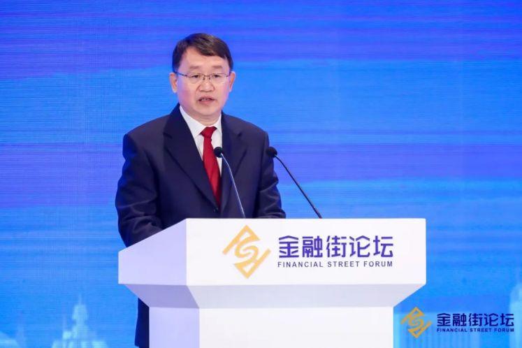 银保监会梁涛:三季末不良资产处置1.73万亿元,P2P平台仅余6家