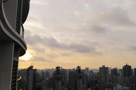 """建业地产:稳定发展,阔步""""大中原"""""""