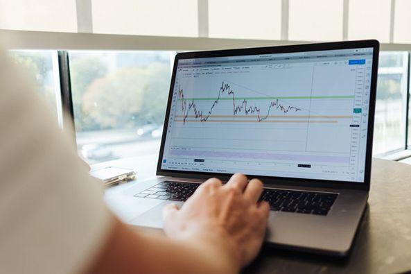 ATFX外汇科普:金银比价套利分析,统计数据实证